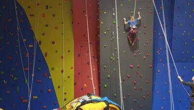 Ścianka wspinaczkowa w SP 16