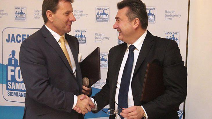Jacek Guzy ręce