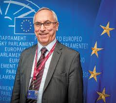 Profesor Adam Gierek, Unia Pracy. W tej kadencji zajmował się projektem dyrektywy o efektywności energetycznej.