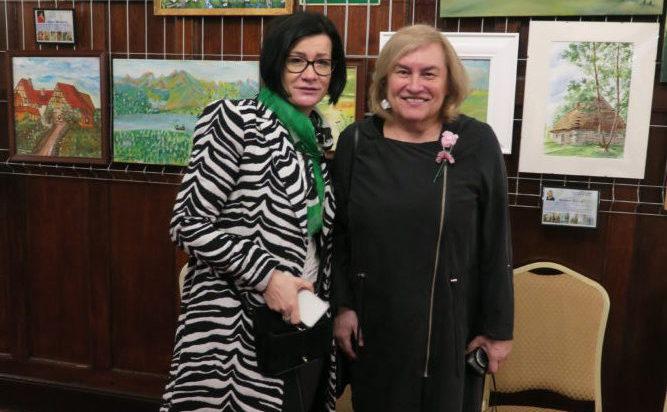 Z prawej malarka Barbara Sitek.