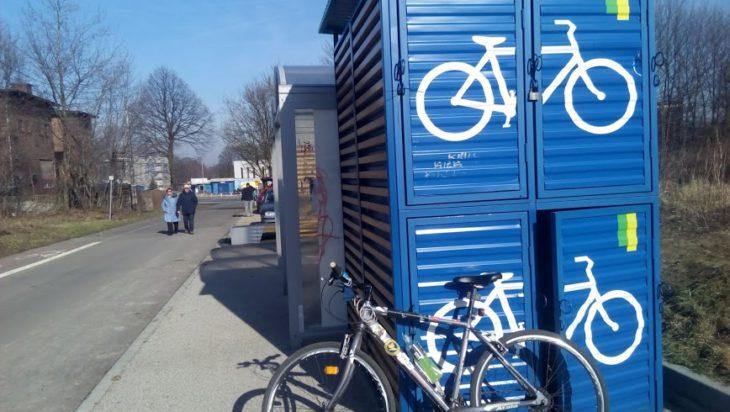 Stacje rowerowe czekają. Trasa rekreacyjna na siemianowickiej Bażantarni.