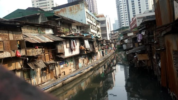 Stolica Filipin Manilla to miasto kontrastów.