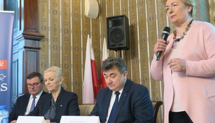 Spotkania otworzyła radna Danuta Sobczyk.
