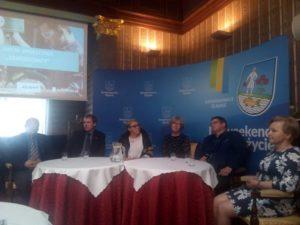 Podczas dyskusji w SCK Willa Fitznera na temat roli szkolnictwa branżowego.