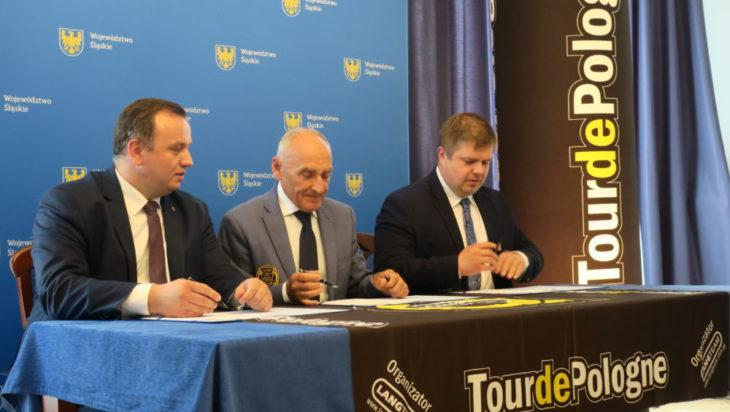 Podczas podpisania umowy.