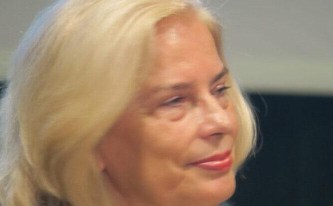 Dr n. med. Joanna Bon – Bałazińska.