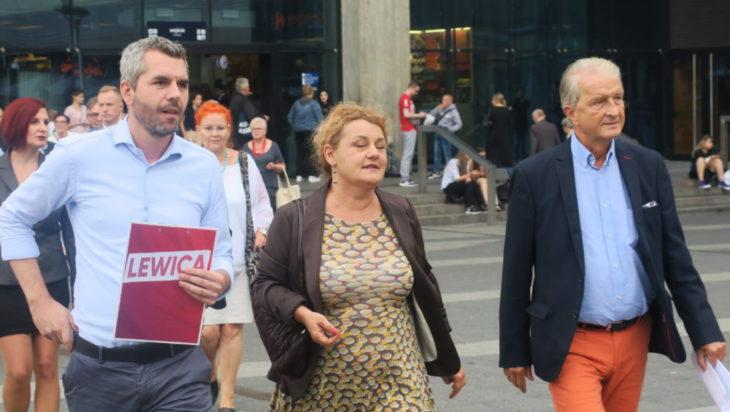 Od prawej prof. Andrzej Lekston, kariolog, Katarzyna Majchrzak, działaczka o prawa kobiet i Maciej Konieczny, lider listy SLD w okręgu 31.