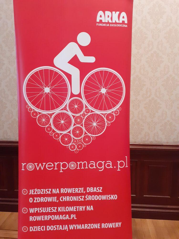 rower pomaga, bielska Fundacja Ekologiczna Arka