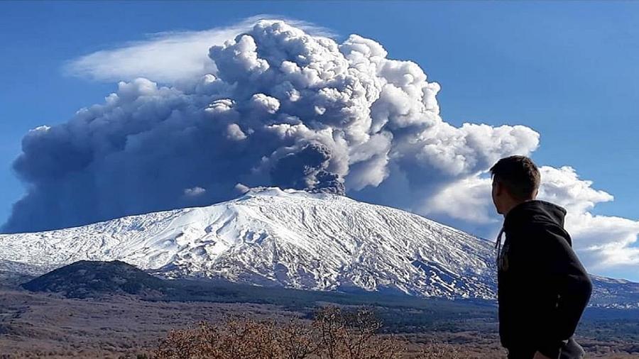 Etna przeżywa okres aktywności.