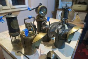 Zabytkowe lampy karbidowe