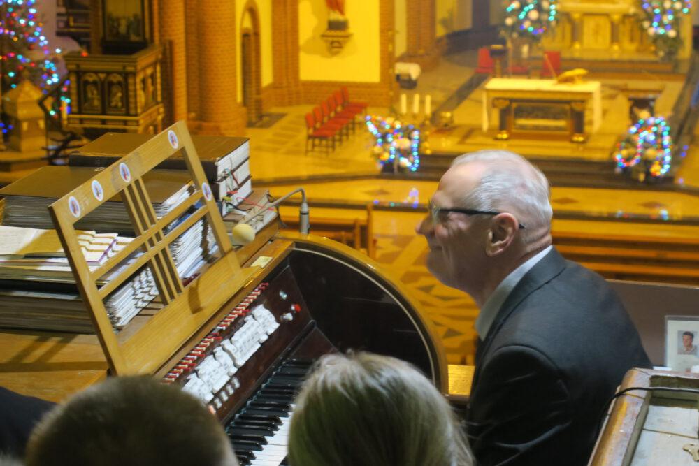 Podczas prelekcji na chórze.
