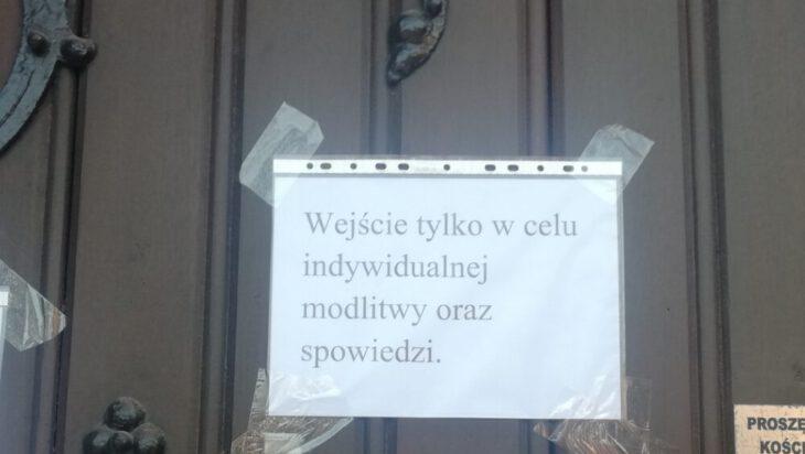 Ogłoszenie na kościele pw. św. Michała Archanioła