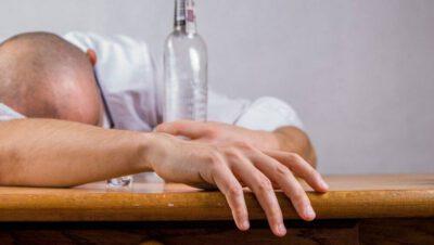 Zakaz zgromadzeń to – często także – nakaz picia (Siemianowice)