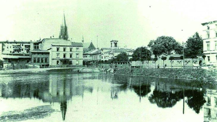 Wielka woda w centrum miasta [Kartka z historii]