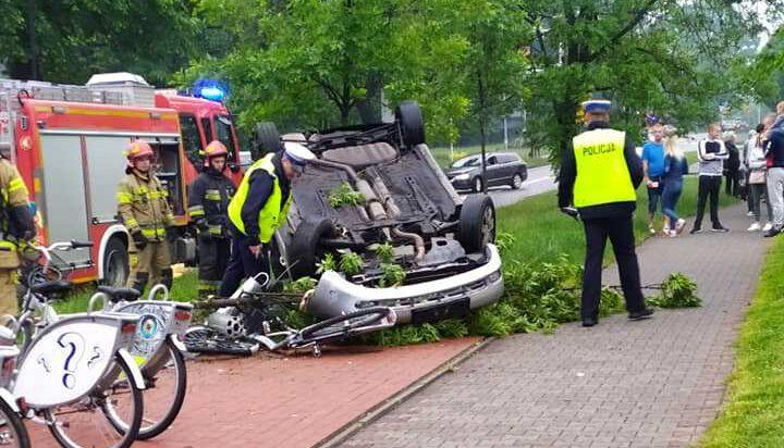 Siemianowice: Efektowna przewrotka auta