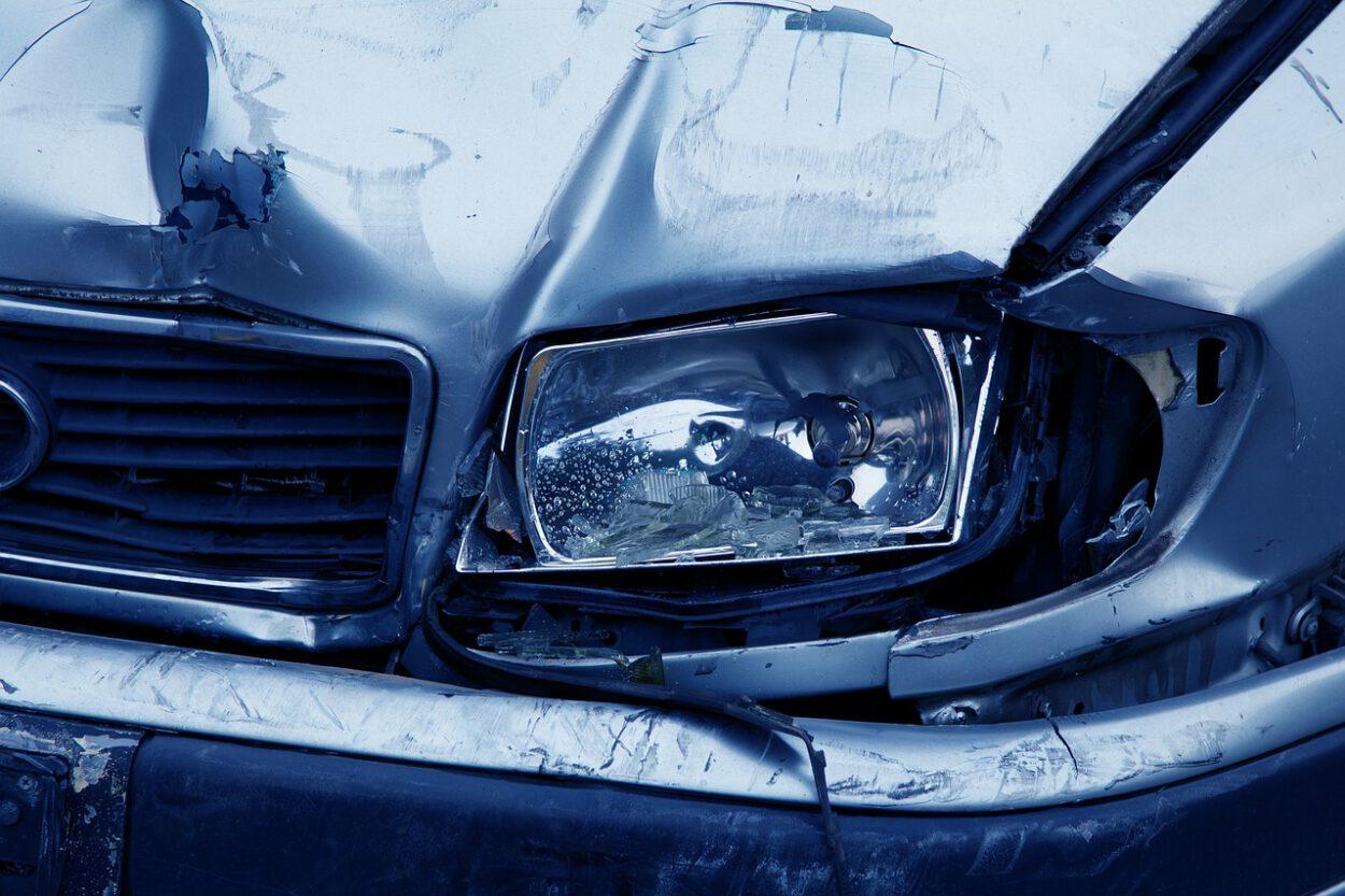 wypadek w siemianowicach rozbite auto