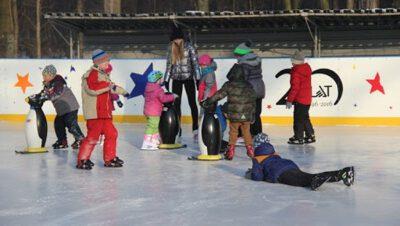 Siemianowice: Jeśli jest grudzień, to MOSIR Pszczelnik zaprasza na lodowisko!