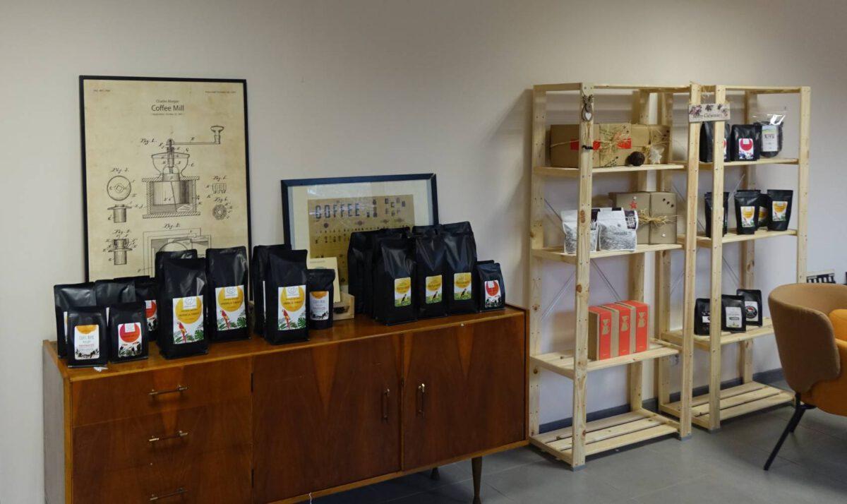 siemianowice kawuszka regał z kawami