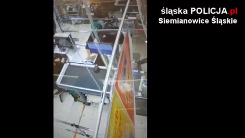 Poszukiwany mężczyzna, który przywłaszczył portfel w Carrefourze [video]