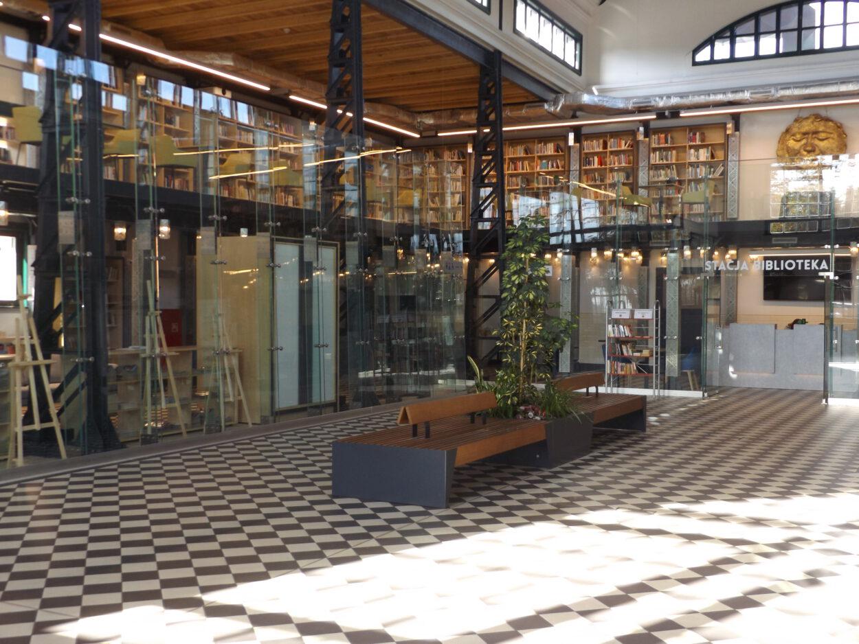 stacja biblioteka Fundusz Inwestycji Lokalnych