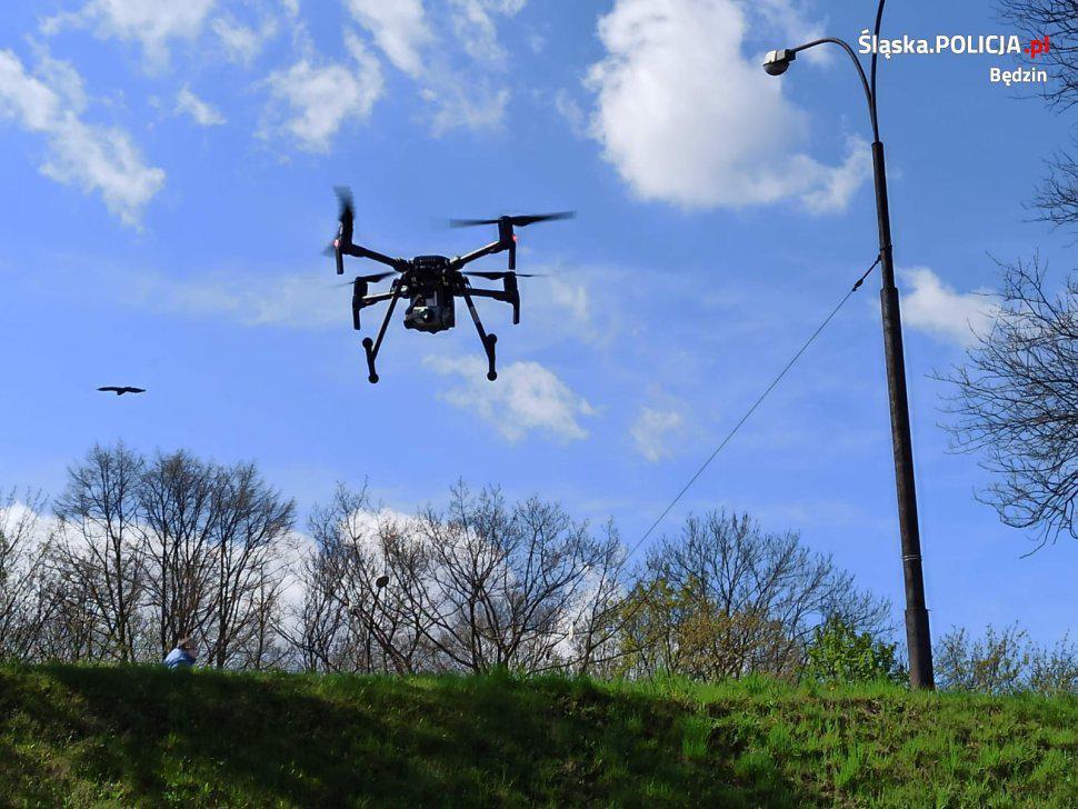 dron śląskiej policji w będzinie