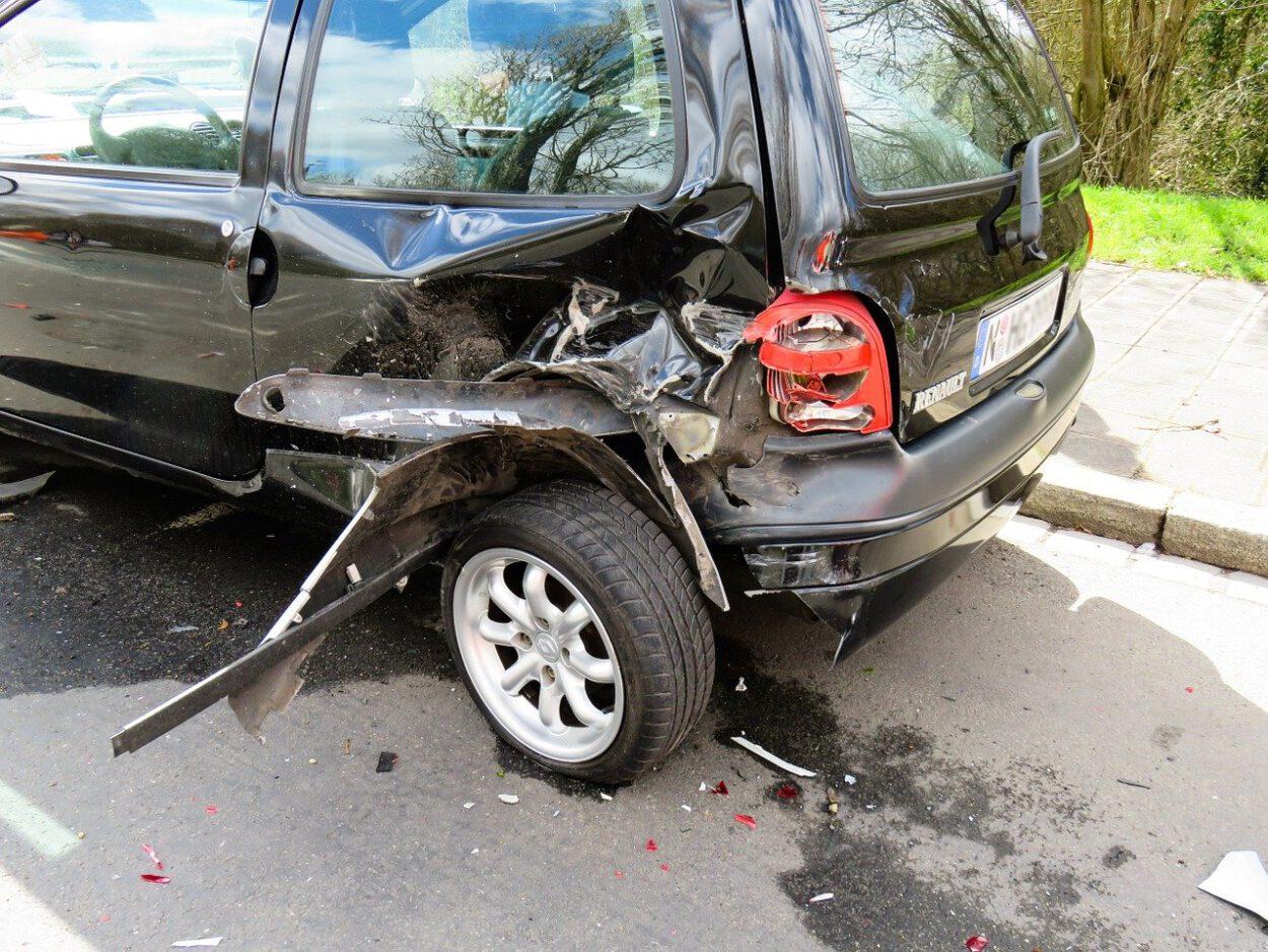 wypadek pieszy samochód 1