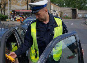 Prowadził pijany i bez prawa jazdy