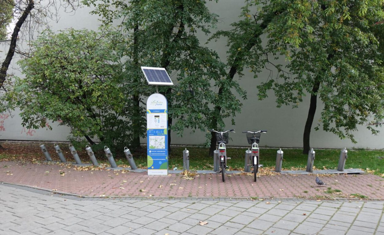 puste stojaki na rowery w siemianowicach