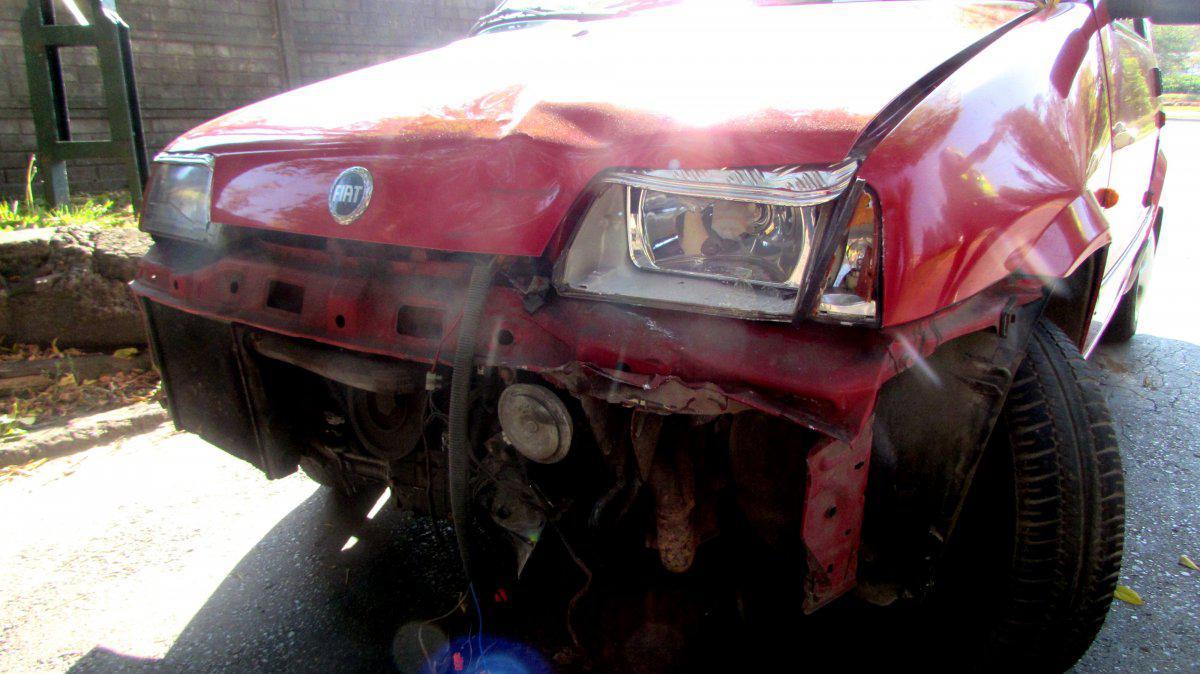 samochód fiat po wypadku z motocyklem w siemianowicach