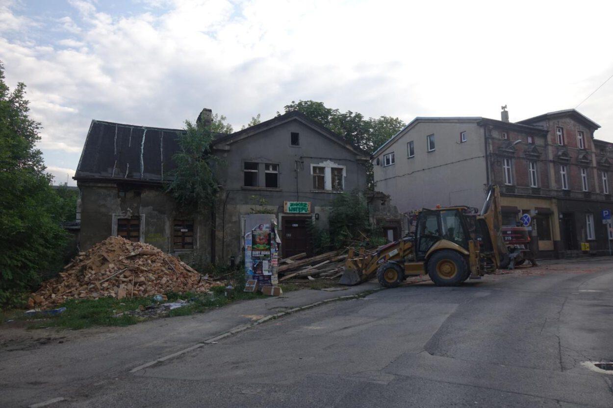 zawalony budynek na ulicy sobieskiego w siemianowicach śląskich