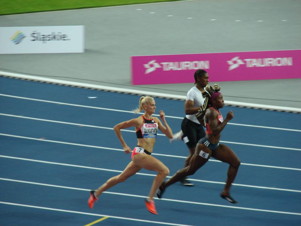 Justyna Święty na 400 metrów nie dała rady Carmen Semenii.