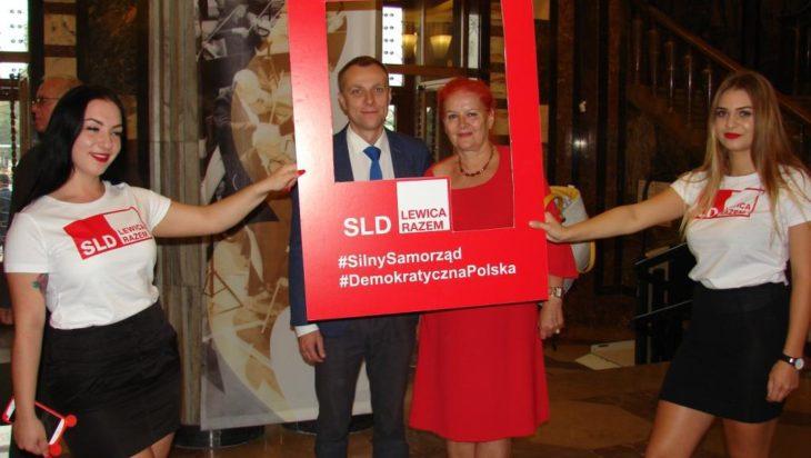 Kandydatka na radną z centrum Siemianowic Małgorzata Groniewska oraz kandydat na prezydenta Siemianowic Jakub Nowak