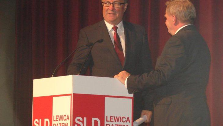 Przewodniczący SLD Włodzimierz Czarzasty i prezydent Dąbrowy Górniczej Zbigniew Podraza