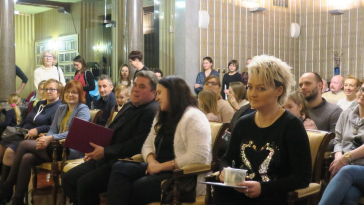 Na sali byli obecni pedagodzy z ogniska muzycznego oraz rodzice uczniów.