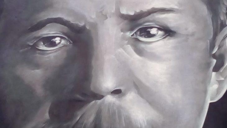 2. zbliżenie na twarz Korfantego z muralu