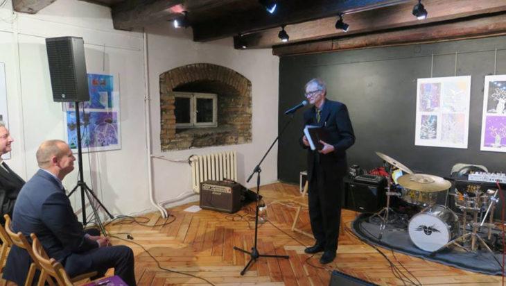 Dziennikarz i poeta Zbigniew Wieczorek przedstawił swoje pierwsze wiersze miłosne sprzed prawie pół wieku.