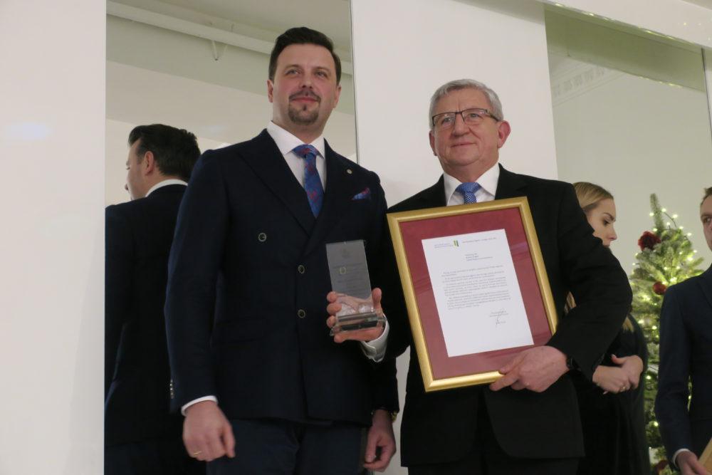 Nagrodę odbiera Andrzej Ścigała, firma piekarnicza.