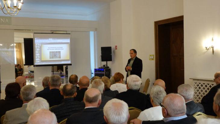 2. Włodzimierz Regulski z Muzeum Górnictwa Węglowego opowiedział o technice odbudowy i udostępnienia turystom Głównej Kluczowej Sztolni dziedzicznej w Zabrzu.