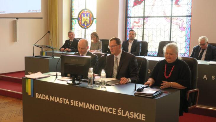 Prezydium Rady Miasta - od lewej Grzegorz MólAdam Cebula, , Barbara Patyk - Płuciennik