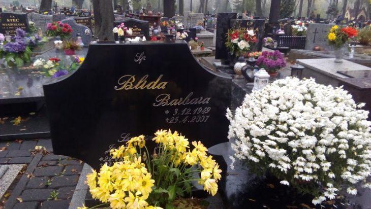 Grób minister Barbary Blidy, tragicznie zmarłej w roku 2007 (cmentarz Michałkowice).