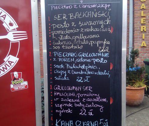 Sympatyczni właściciele siemianowickiej Montowni Smaku i ich menu.