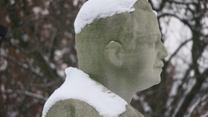 Pomnik Wojciecha Korfantego.