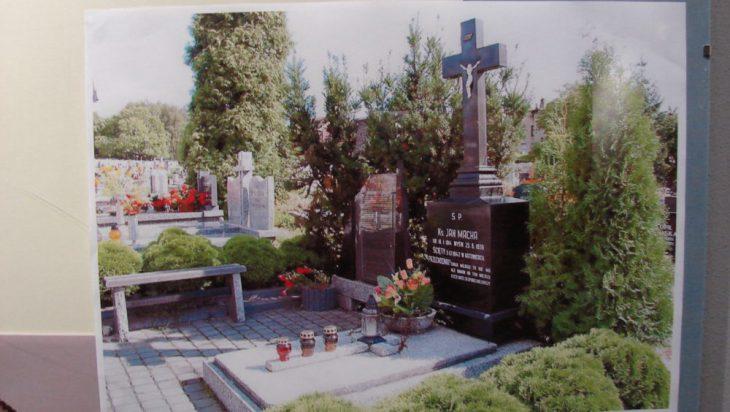 grób, ksiądz Jan Macha