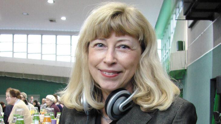Siemianowiczanka z mikrofonem